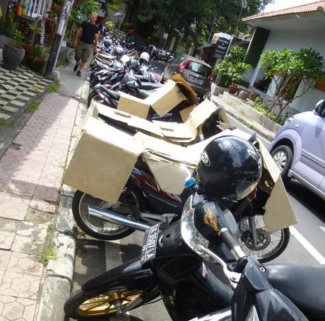 Low tech motorbike sun shade, Ubud, Bali