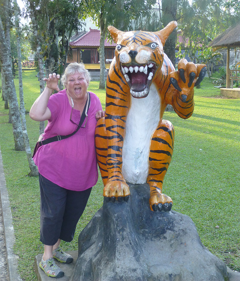 Laurie-with-tiger